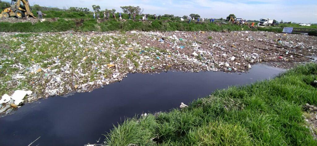 River Clean Up of the Río Lerma in Metepec México